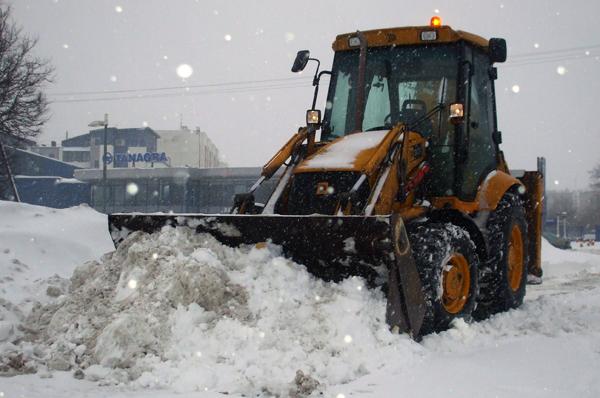 JCB sniego valymas Vilniuje Geodena